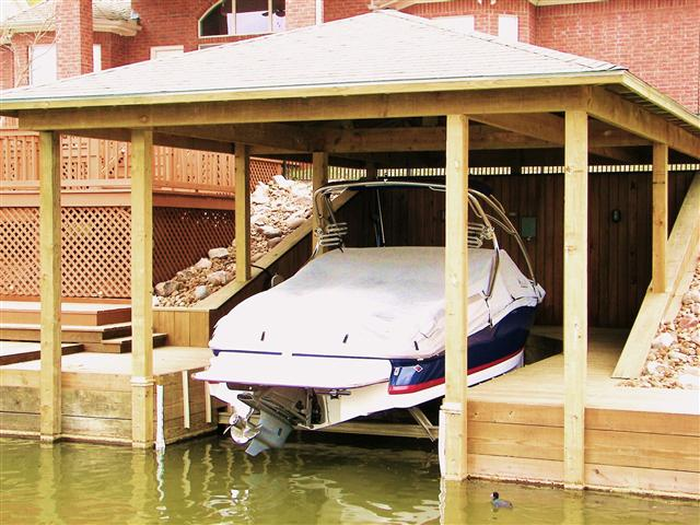 boat_house05